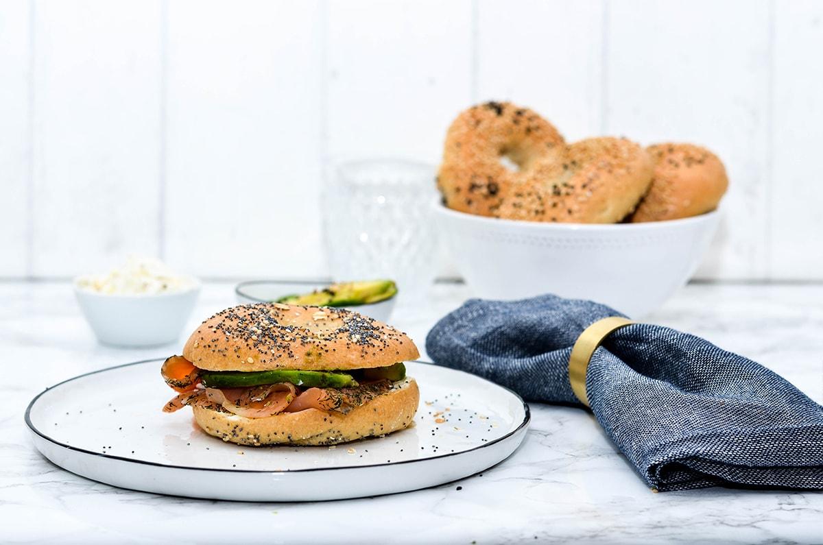 bagel rezept leckere bagel selber machen butter. Black Bedroom Furniture Sets. Home Design Ideas